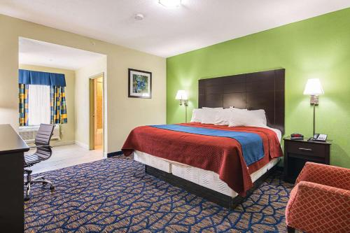 Rodeway Inn and Suites Ithaca - Hotel