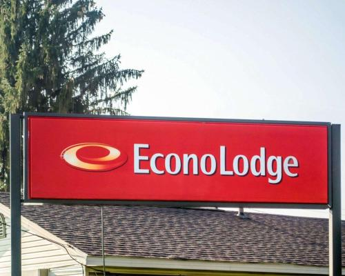 Econo Lodge Newton Falls