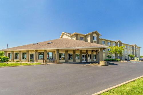 Comfort Inn Norwalk - Norwalk, OH 44857