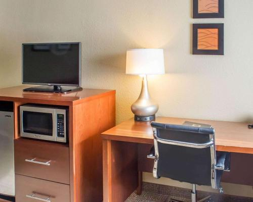 Comfort Inn Mayfield Heights Cleveland East - Hotel - Mayfield