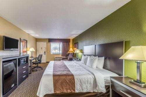 Quality Inn - Glenpool - Glenpool, OK 74033