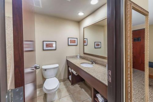 Comfort Suites Yukon - Yukon, OK 73099