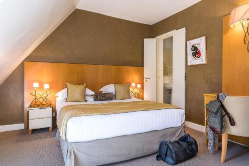 Hotel Boronali - Hôtel - Paris
