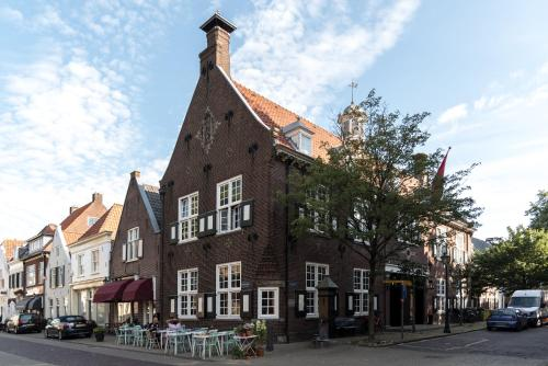 Vesting Hotel Main photo