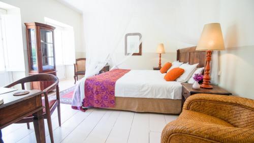 Double Room Hotel La Fuente de la Higuera 19