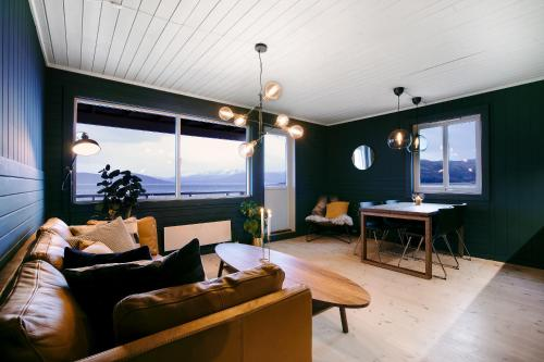 Buvik Sea Lodge - Photo 5 of 27