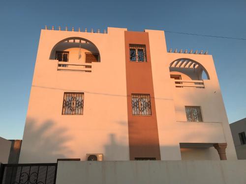 Chez Habib
