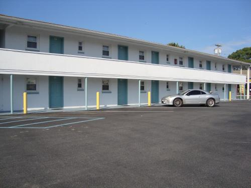 Budget Inn Motel Suites Somers Point - Somers Point, NJ 08244