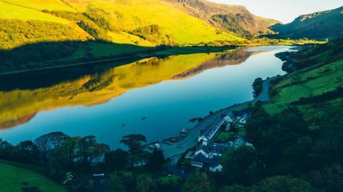 Tal Y Llyn, Tywyn, Gwynedd, LL36 9AJ, Wales.