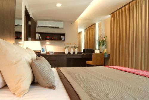 The Narathiwas Hotel & Residence Sathorn Bangkok photo 91