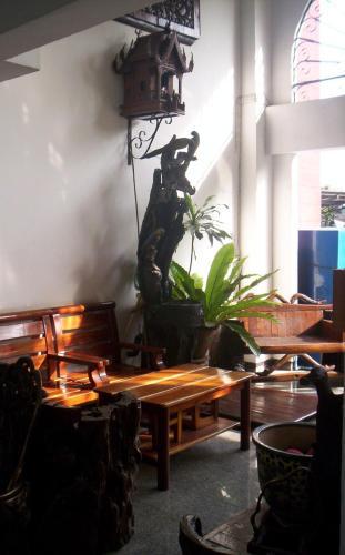 Baankhunmae Apartment photo 5