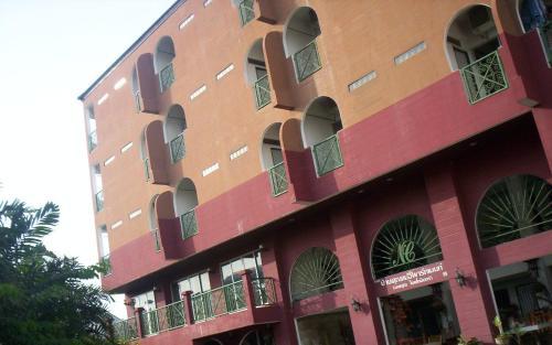 Baankhunmae Apartment photo 14