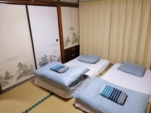 Yuri's Accommodation