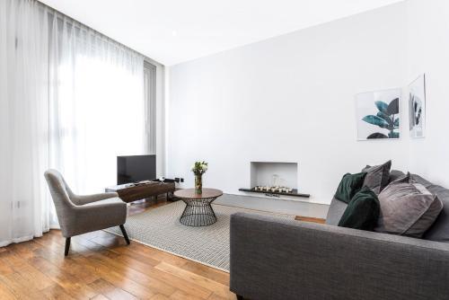 Homewood Kensington Apartments