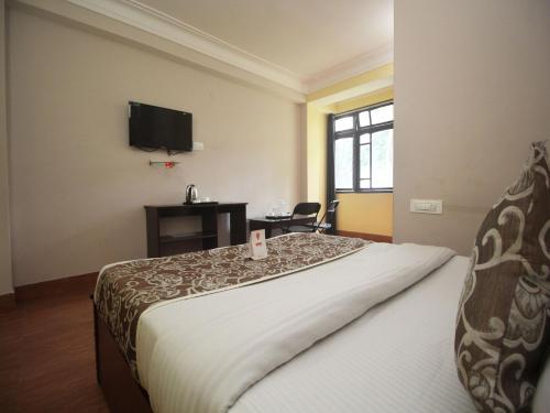 OYO 10003 Hotel The Orange Inn
