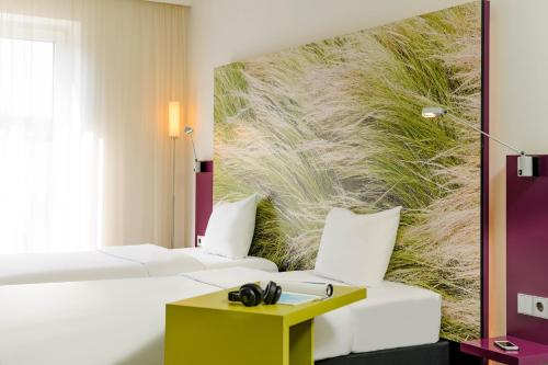ibis Styles Hamburg Alster City photo 6