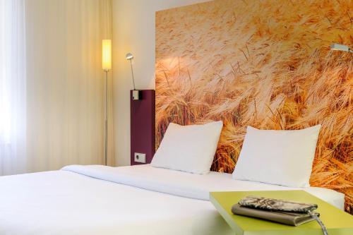 ibis Styles Hamburg Alster City photo 8