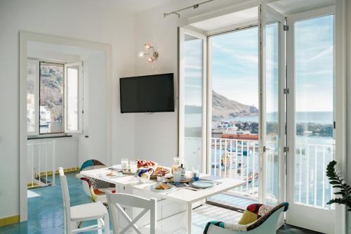 . Corricella Exclusive Loft - Gioia Apartments