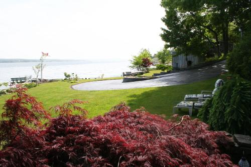 A Boat To Sea Bed & Breakfast - North Sydney, NS B2A 1A4