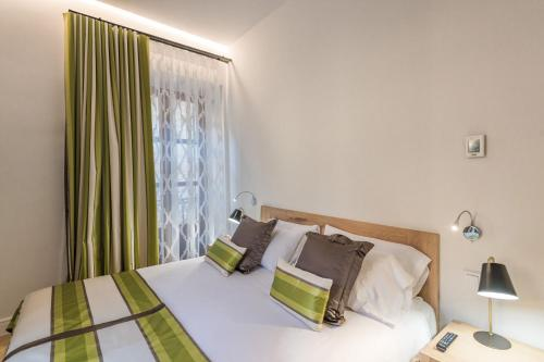 Deluxe Double or Twin Room with Balcony - single occupancy Hotel Can Mostatxins 10