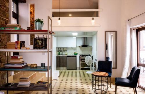. Small loft at Casa Neuman, Casco Antiguo