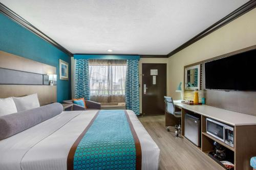 Blvd Hotel An Ascend Hotel Collection Member - Costa Mesa, CA 92627