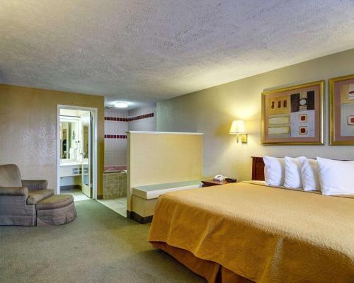 Quality Inn Conway - Conway, AR 72032