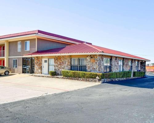 Quality Inn & Suites Hot Springs - Hot Springs, AR 71913
