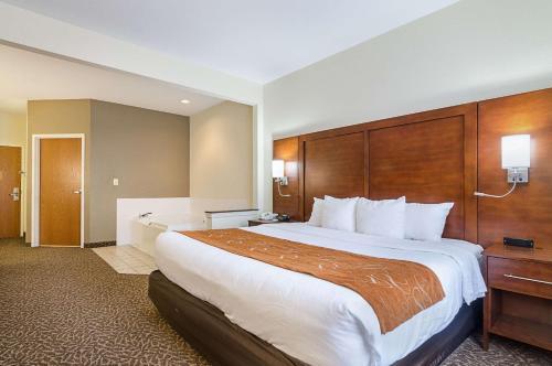 Quality Suites Springdale - Springdale, AR 72764