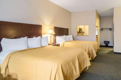 Quality Inn & Conference Center Heber Springs - Heber Springs, AR 72543