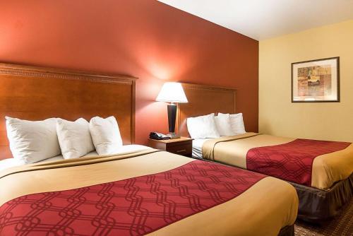 Econo Lodge Inn And Suites Little Rock - Little Rock, AR 72209