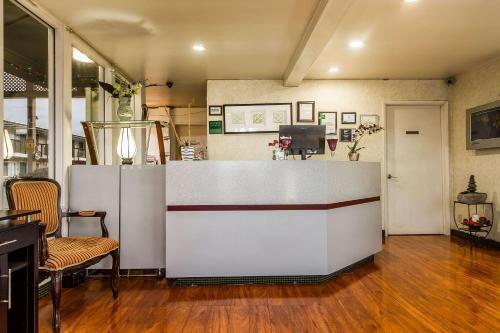 Quality Inn & Suites Santa Clara photo 8