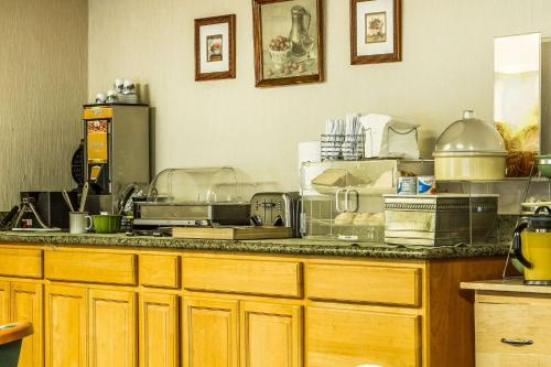Quality Inn & Suites Santa Clara photo 9