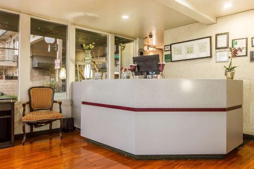 Quality Inn & Suites Santa Clara photo 20