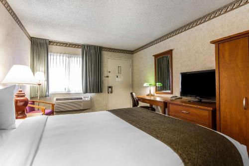 Quality Inn & Suites Santa Clara photo 27