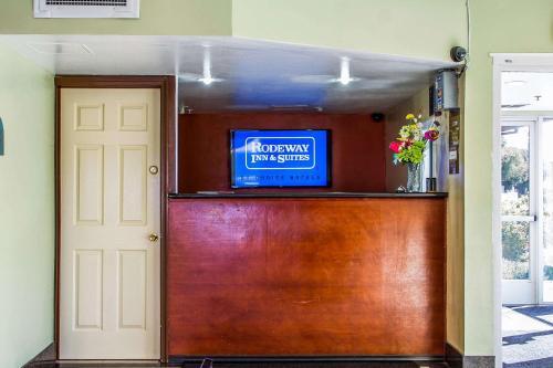 Rodeway Inn & Suites - Hayward, CA CA 94541
