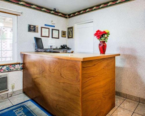 Jefferson Inn - Yreka, CA CA 96097