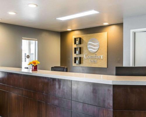 Comfort Inn Beach/Boardwalk Area - Santa Cruz, CA 95060