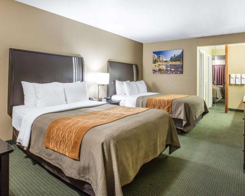 . Comfort Inn Yosemite Area