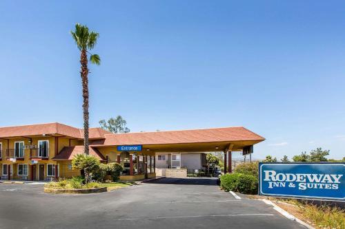 Rodeway Inn & Suites Canyon Lake I-15 - Canyon Lake, CA CA 92587