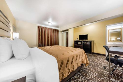 Quality Inn & Suites Capitola