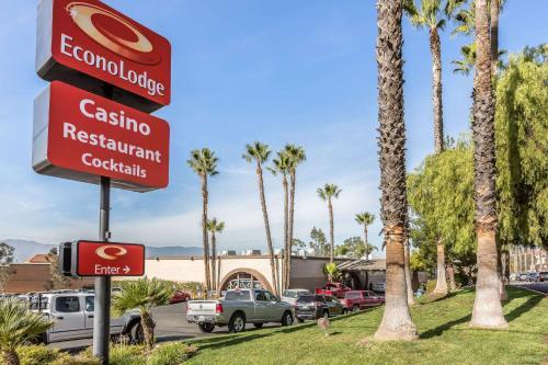 Econo Lodge Lake Elsinore Casino - Lake Elsinore, CA 92530