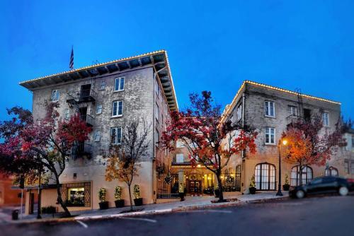 . Hotel Petaluma, Ascend Hotel Collection