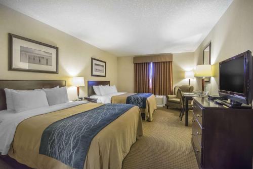 Comfort Inn & Suites Edson - Edson, AB T7E 1L6