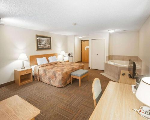 Econolodge Inn and Suites - Hinton, AB T7V 1N1