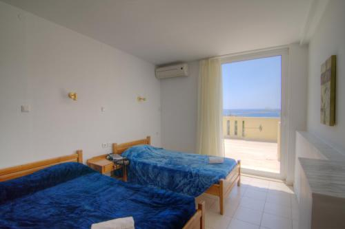 Apartman s 2 spavaće sobe i pogledom na more (Two-Bedroom Apartment with Sea View)