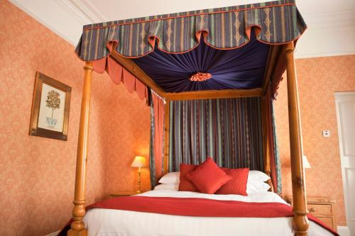 The Hazelwood Guest House (Bed & Breakfast)