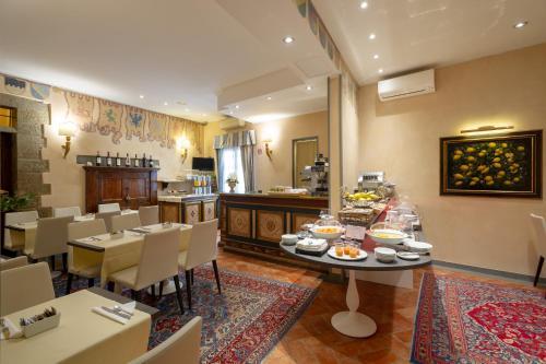 Hotel Davanzati, 50123 Florenz