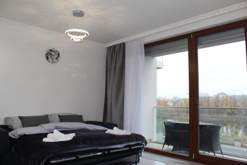 Luxury Flat With Top View
