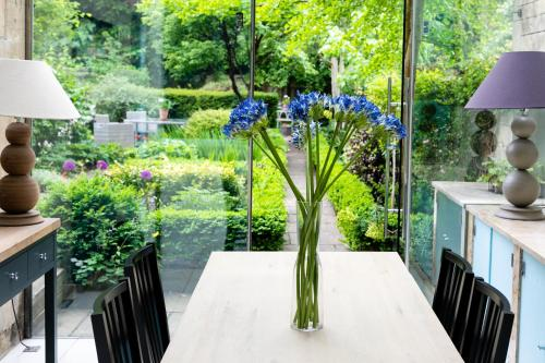Serene Garden Apartment - Great Pulteney Street